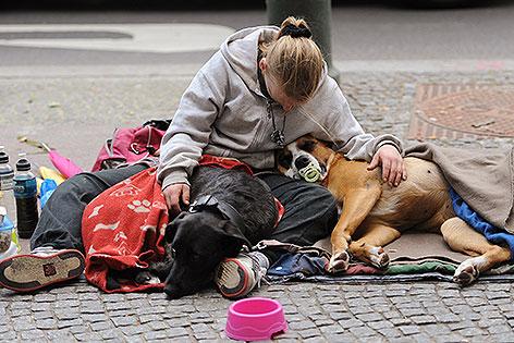 Obdachlose mit Hund