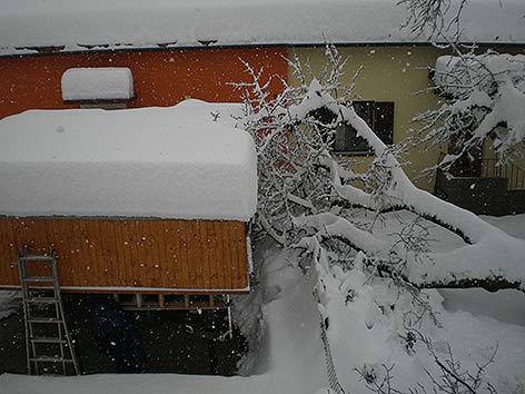 Villach Schnee Müllwagen