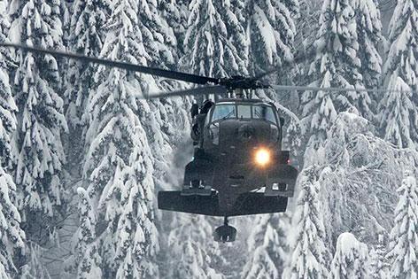 Schnee Neuerliche Stromausfälle Bundesheer hilft Nassfeld Hubschrauber