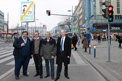 Gelehrte auf Mariahilfer Straße