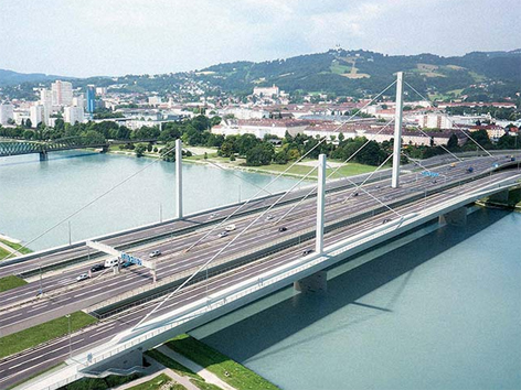 Bypass-Brücken Voest-Brücke