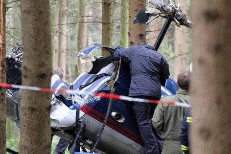 Bergung des abgestürzte Hubschraubers