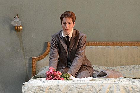 """Hanna-Elisabeth Müller bei der """"Arabella""""-Inszenierung der Salzburger Osterfestspiele 2014"""