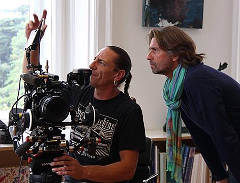 Regisseur und Komponist Hannes Schalle und Kameramann Oliver Indra mit einer Sony F55