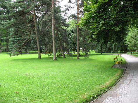 Rasenfläche im Hofgarten in Innsbruck