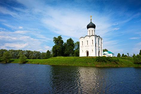 Mariä-Schutz- und Fürbitten-Kirche an der Nerl bei Wladimir (Russland)