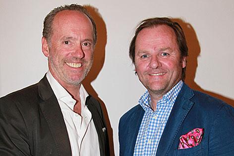 Christian Dreyer, neuer NEOS-Salzburg-Landessprecher, mit seinem Vorgänger Sepp Schellhorn