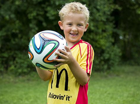 Gabriel Kuen mit Ball
