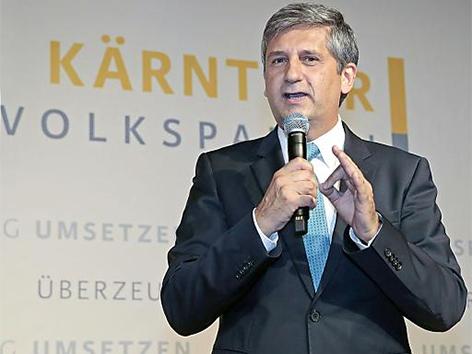 Finanzminister Michael Spindelegger bei ÖVP Parteitag in Kärnten