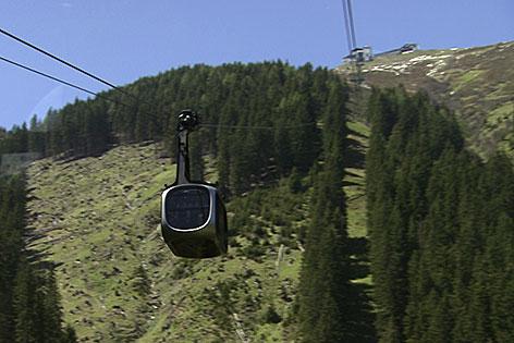 Seilbahn auf die Schmittenhöhe im Sommer
