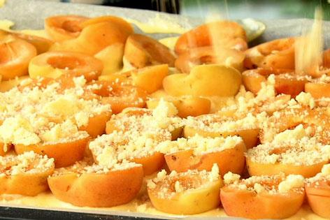 Marillenkuchen mit Streusel