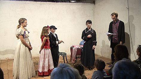Kinderoper J:opera