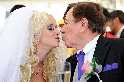 Hochzeit von Richard Lugner und Cathy Schmitz im Schloß Schönbrunn