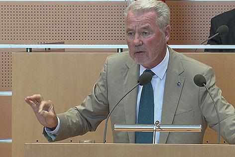 ÖVP Klubobmann Klaus Schneeberger bei der Budgetrede im Juni 2014
