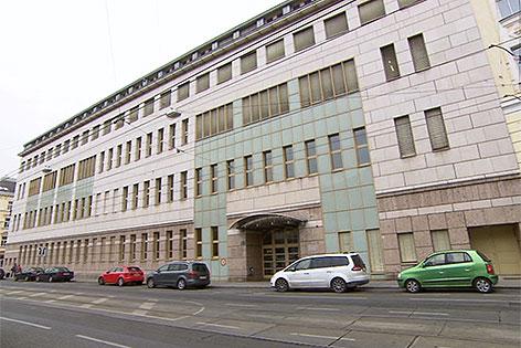 Gebäude in der Althanstraße in Alsergrund, in dem Asylanten untergebracht werden