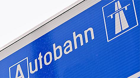 Autobahn-Schild