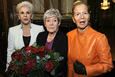 Maresa Hörbiger, Elisabeth Orth, Christiane Hörbiger bei Ehrung