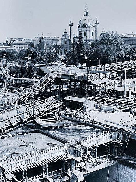 U-Bahn-Baustelle auf dem Karlsplatz 1971