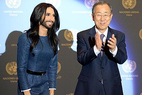 Conchita Wurst mit UNO-Generalsekretär Ban Ki-moon