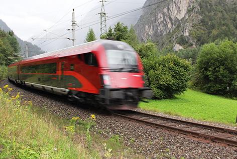 Railjet auf der Arlbergbahn