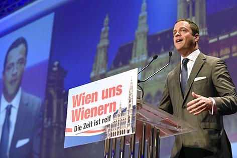 Johann Gudenus bei FPÖ-Landesparteitag in der Hofburg