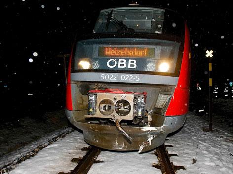 Unfall Pkw Zug Kollision Köttmannsdorf