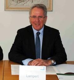 VOGEWOSI-Geschäftsführer Dr. Hans-Peter Lorenz und VOGEWOSI-Aufsichtsratsvorsitzender Günter Lampert bei der Bilanzpressekonferenz.