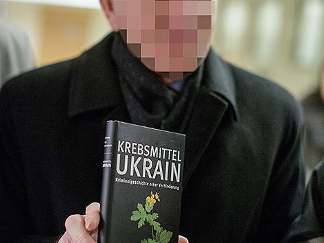 Ein ukrainischer Chemiker muss sich wegen Betrugs im Landesgericht verantworten