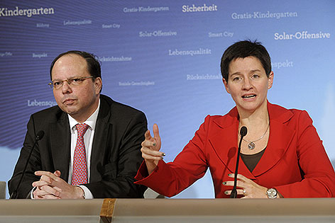 Ärztekammer-Präsident Thomas Szekeres und Gesundheitsstadträtin Sonja Wehsely