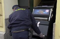 Finanzpolizei beschlagnahmt Glücksspielautomaten