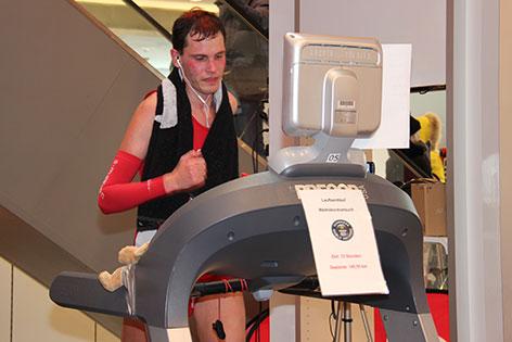 Rainer Predl auf dem Laufband