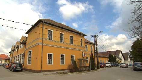 osnovna škola Mihovil Naković Koljnof