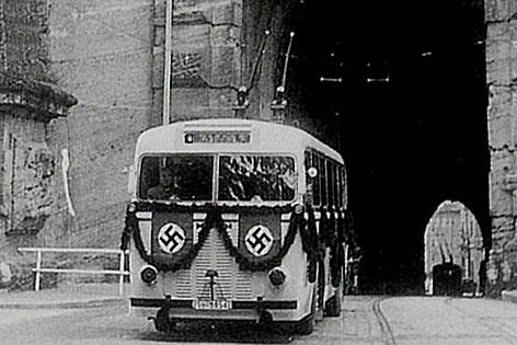 Erster Obus im Jahr 1940 in der Stadt Salzburg