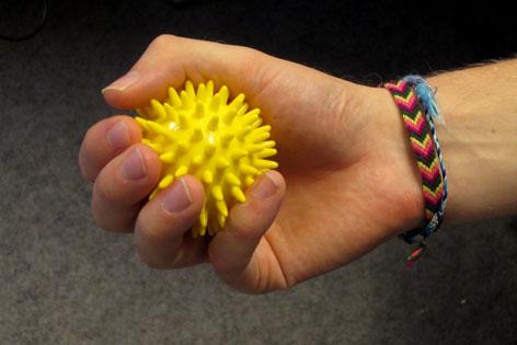 Hand mit Ball