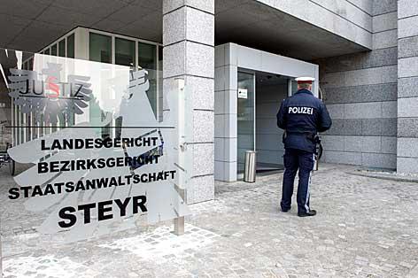 Gerichtsverhandlung in Steyr, Prozessakten