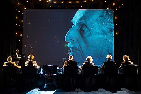 """Marko Feingold in der Burgtheater-Produktion """"Die letzten Zeugen"""""""