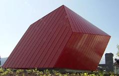 Schiefe Hütte