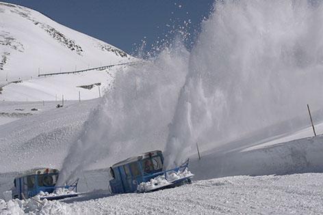 Schneeräumung Glockner Hochalpenstraße