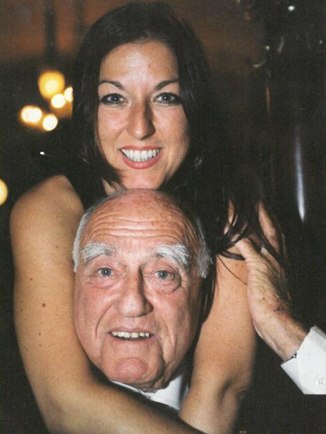 Hannah Lessing mit ihrem Vater Erich, 2001