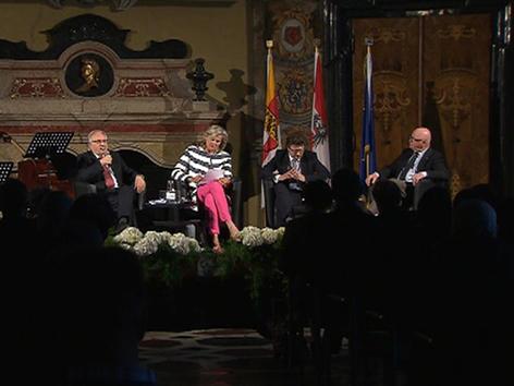Podiumsdiskussion mit Botschafterin Ursula Plassnik, Historiker Stefan Karner und Hellwig Vallentin