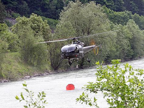 Bundesheerhubschrauber im Einsatz in Sachsenburg