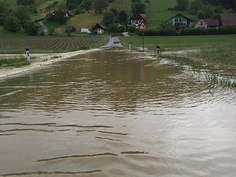 Straße Überschwemmt L266 Wieden Gemeinde Straden