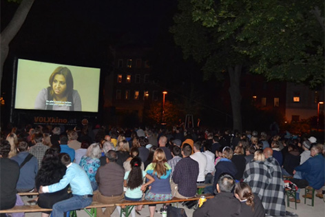 Public Viewing im Reithofferpark