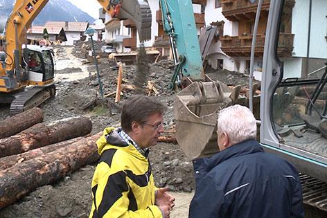 LH Günther Platter besichtigt die schweren Verwüstungen in der Gemeinde See.
