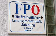Schild der FPÖ-Landesgeschäftsstelle in Salzburg