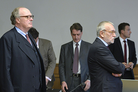 Lobbyist Alfons Mensdorff-Pouilly und der ehemalige Telekom Austria-Vorstand Rudolf Fischer am Mittwoch, 24. Juni 2015, anl. des Tetron-Prozesses am Straflandesgericht Wien