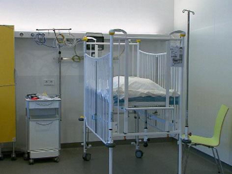 Betten in der neuen Notfallaufnahme der Kinderklinik