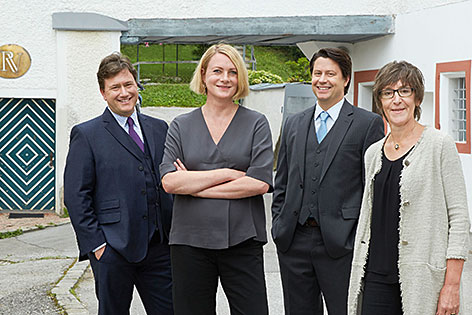 Peter Daniell Porsche, Claudia Romeder, Rafael Walter, Roswitha Wonka (v.l.n.r) in der Kunstmühle Gnigl
