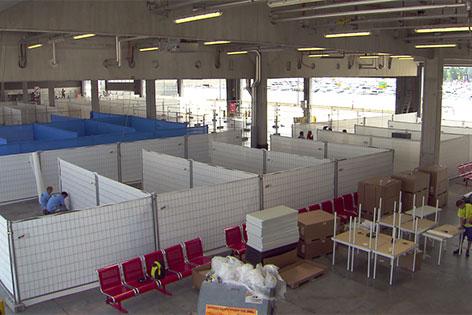 Unterkünfte am Flughafen für Flüchtlinge