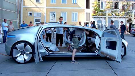 "Mercedes ""F 015 Luxury in Motion"""